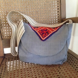 Besace bag - light blue linen