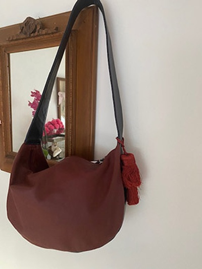 Aubergine leather bag1