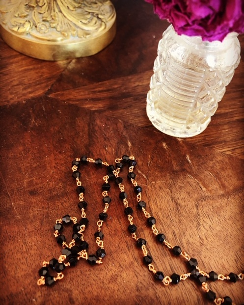 Black Party Necklace